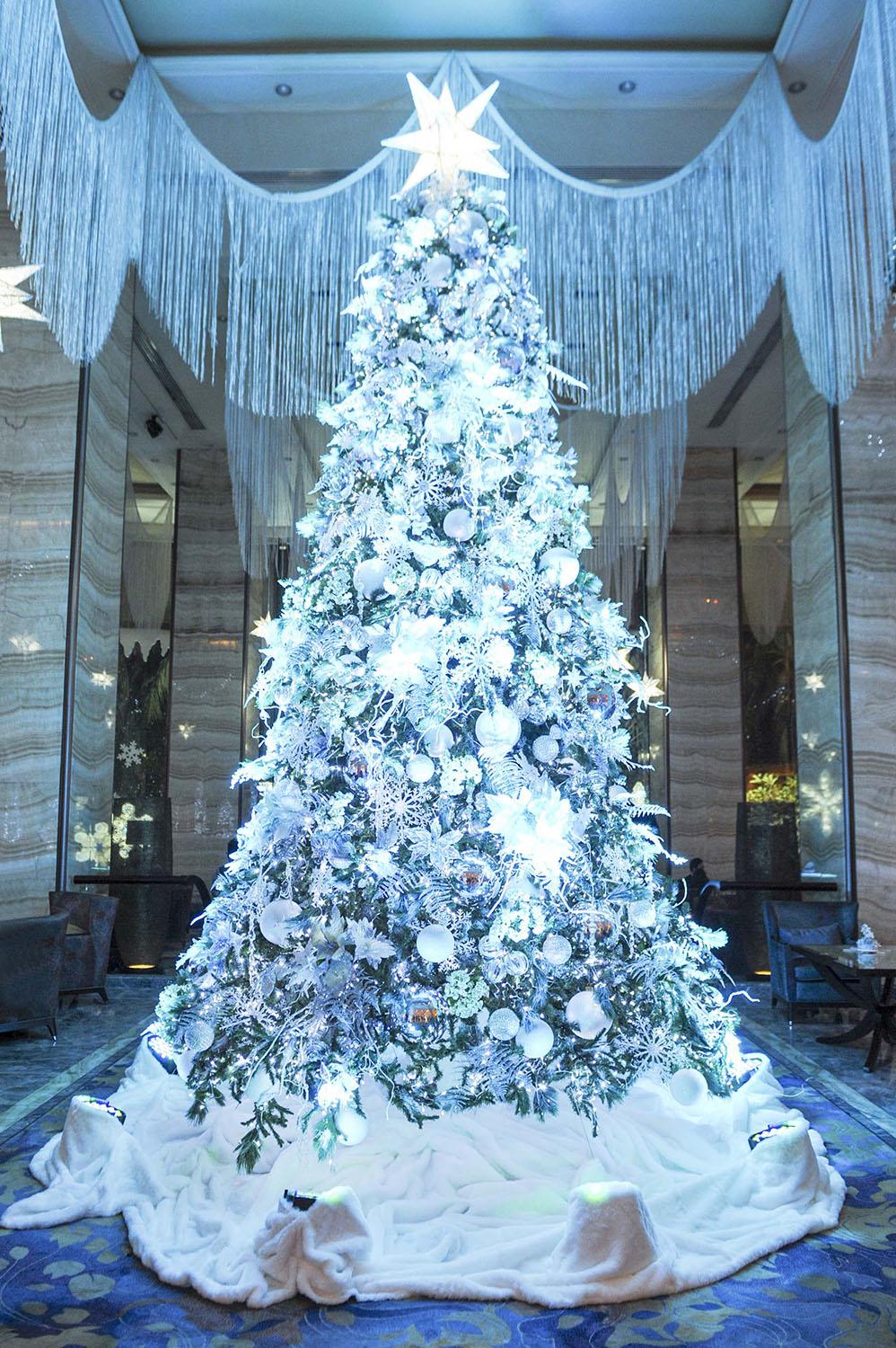 Snowflake christmas at the edsa shangri la manila dine