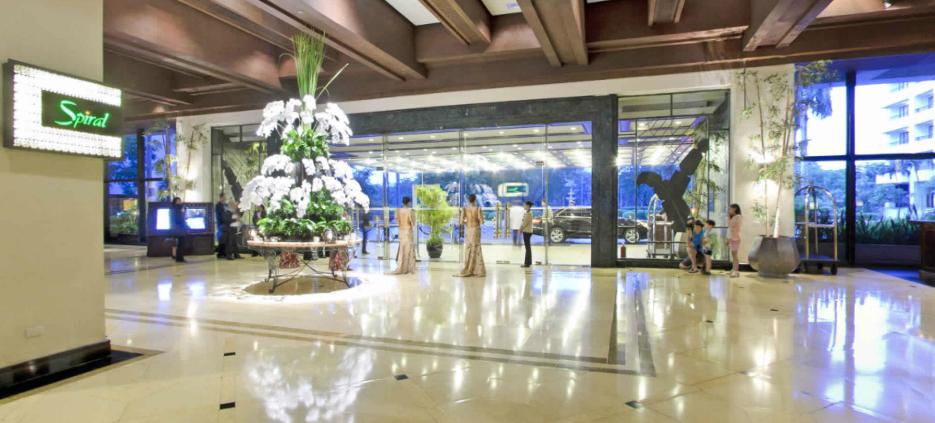 The only 5-star luxury resort hotel in Manila welcomes the New Year in artistic & SOFITEL PHILIPPINE PLAZA MANILA CELEBRATES ART DE NOËL - Dine ...