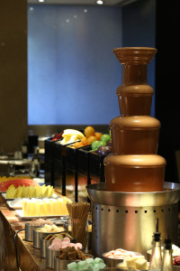 Fresh Fruits and Chocolate Fountain