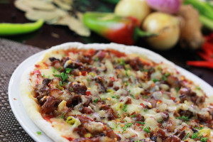 Spicy Sisig Pizza
